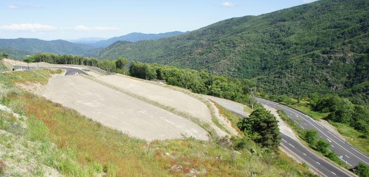 Zone d'activité de Saint-Privat de Vallongue spécialisée dans le traitement du bois