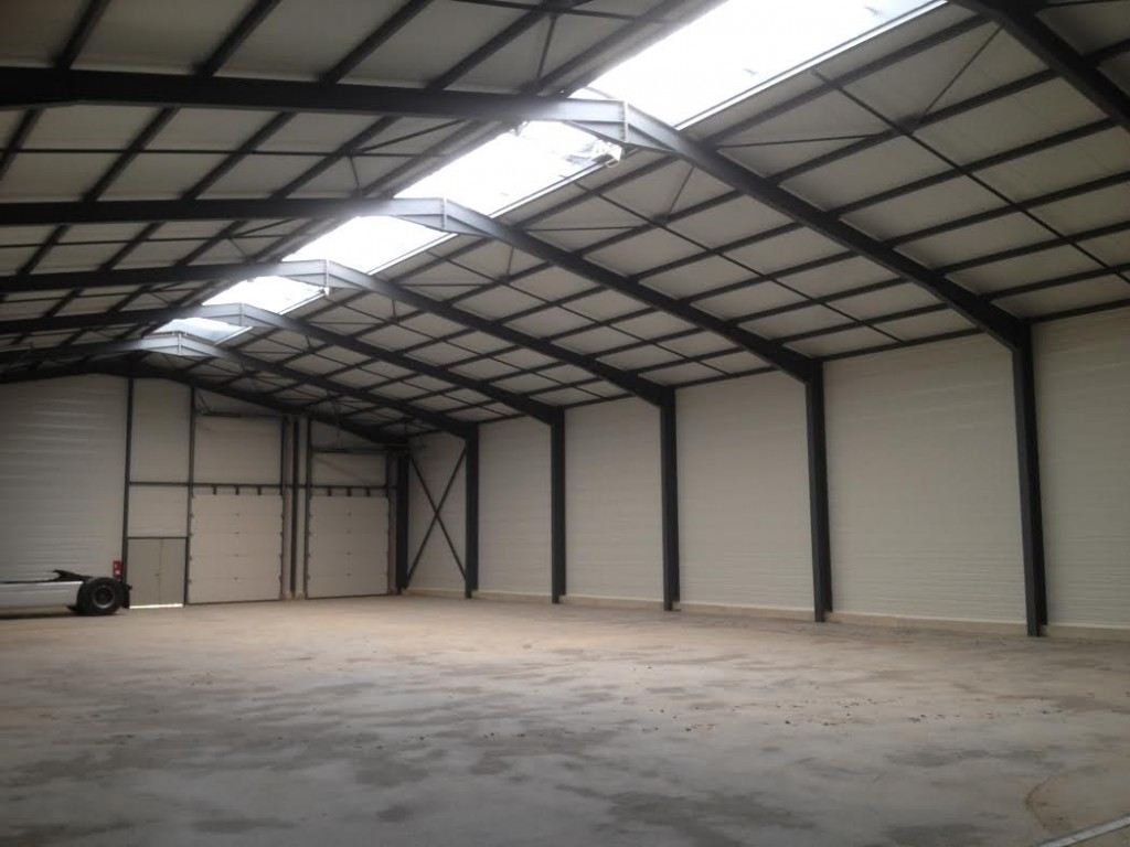 hangar interieur