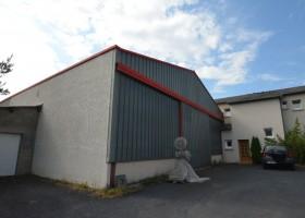 Local commercial de 100 m² et atelier de 100 m²